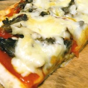 生地がおいしい!自家製ピザ