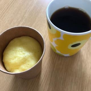 混ぜるだけ!砂糖不使用!レンジで米粉のカップケーキ