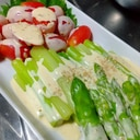 アスパラとトマトのチーズマヨサラダ