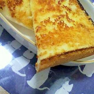 シズラー風チーズトースト