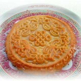 蓮蓉核桃大月餅(蓮の実餡&クルミの大月餅)