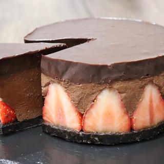 生チョコムースストロベリーケーキ