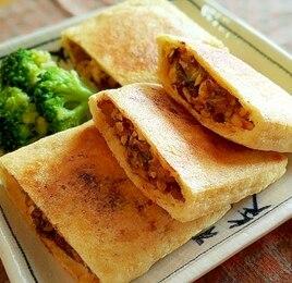 さば味噌煮缶と豆腐のサクサク油揚げ焼き