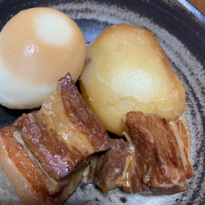 私の決定版◎圧力鍋でトロトロ♪豚の角煮&大根