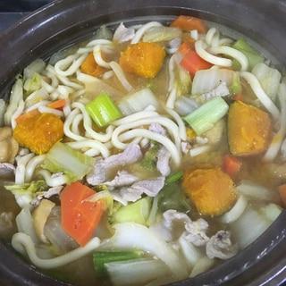 野菜たっぷりほうとう鍋