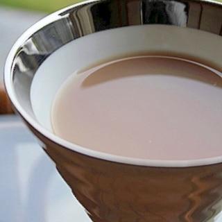 烏龍茶でさっぱり薄めミルクティー