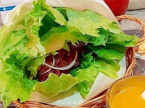鶏排(台湾風唐揚げ)レタスバーガー♪