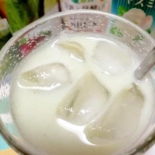 アイス☆グリーンジャスミンミルクティー♪
