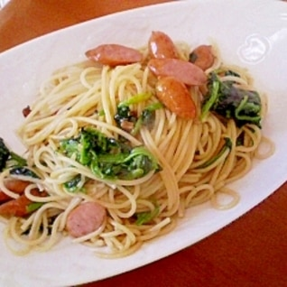牡蠣オイルスパゲティ ソーセージとほうれん草