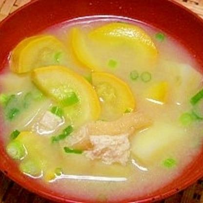 毎日のお味噌汁49杯目*ズッキーニとジャガイモ