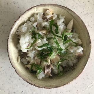 焼きサバと大葉の混ぜご飯