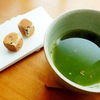 5分!青汁を美味しく❤抹茶玄米♪(和菓子添えです)