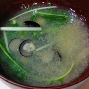 5分で砂抜き、しじみの味噌汁