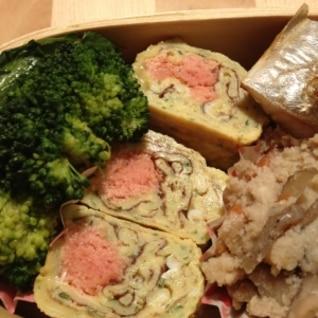 お弁当に!タラコと青のりの卵焼き