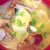 キャベツと舞茸のお味噌汁