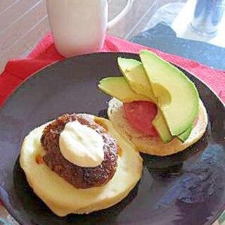 やっぱり夏はメキシカン!アボガドハンバーガー