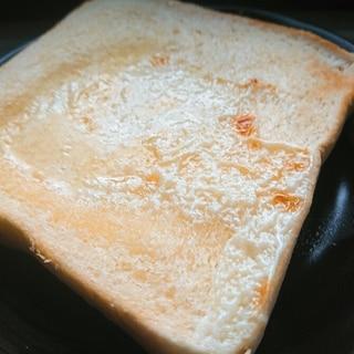 じゅわ〜と甘い♪練乳マーガリントースト