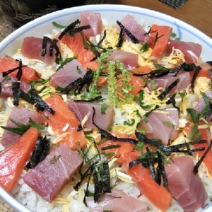 簡単でも豪華に!海鮮ちらし寿司♪