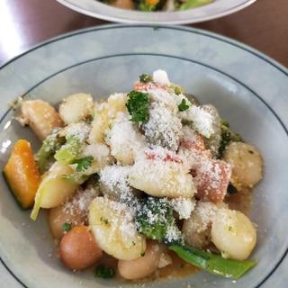 彩り野菜の カルディ ニョッキ