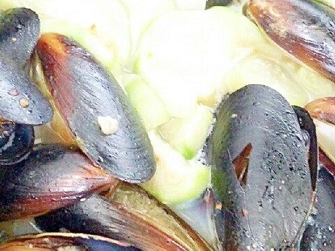 ムール貝とヘチマのスープ!?