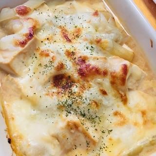 豆腐と玉ねぎの味噌チーズグラタン