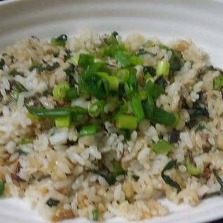簡単♪塩鯖と小松菜のチャーハン♪