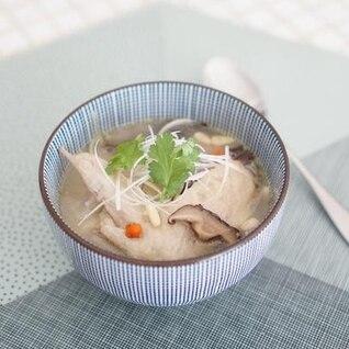 参鶏湯風 鶏手羽先のスープ