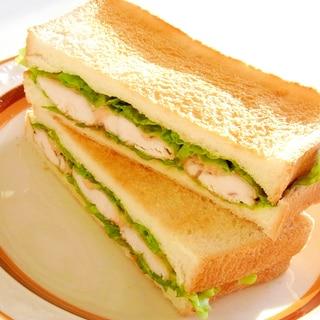 ササミソテーのオーロラソースサンドイッチ