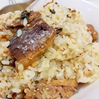 簡単ヘルシー(^^)大葉とサバ缶の炊き込みご飯♪