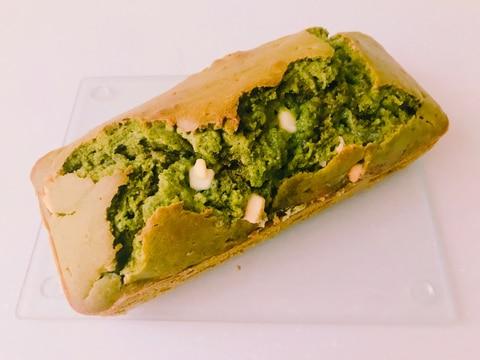 抹茶ホワイトチョコパウンドケーキ
