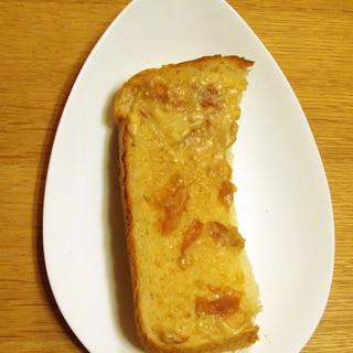 蜂蜜梅とマヨネーズとヨーグルトのトースト