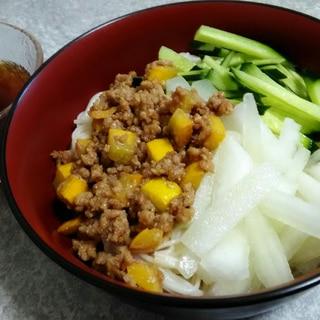 簡単おいしい!国産夏野菜サラダと肉味噌のそうめん