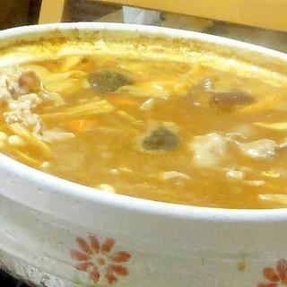和風ダシで家庭の味つけ♪簡単ぶたしゃぶカレー鍋