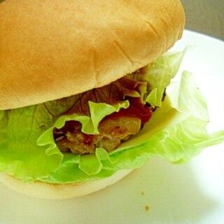 手作りのシンプルハンバーガー