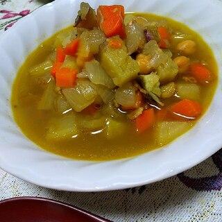 具だくさん♪食べるカレースープ~スパイスとコンソメ