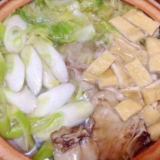 簡単!豚バラ肉とキャベツたっぷり蒸し煮鍋