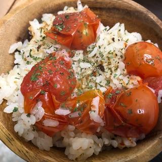 【メスティン】アウトドア★トマトの炊き込みご飯