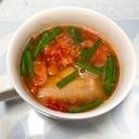 トマトと残り餃子の皮スープ