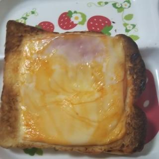 オーロラソースのチーズトースト
