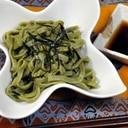 青汁で茶そば風グリーン麺