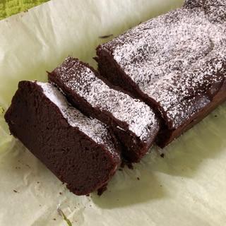 混ぜるだけ!濃厚ガトーショコラ風ケーキ