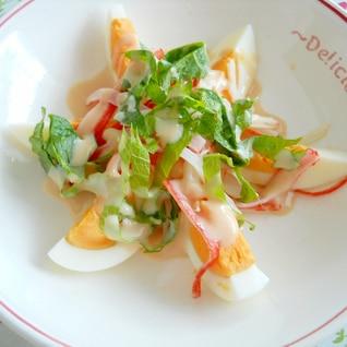 ゆで卵とカニカマのサラダ:前菜風