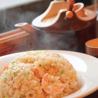 えび・ネギ・卵だけの超シンプル『海老炒飯』