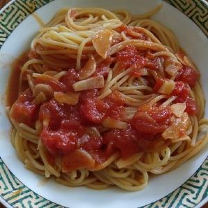 トマトとニンニクのスープパスタ