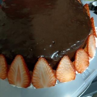 チョコレートケーキ、生チョコでザッハトルテ