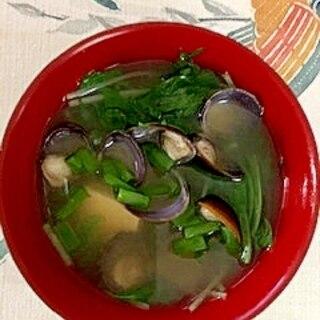 水菜、木綿豆腐、しじみ、葱のお味噌汁