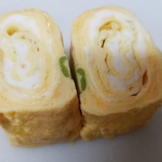 小松菜、コーン、コーンパウダーの栄養満点卵焼き