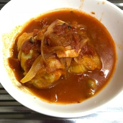 トマトソースにもベーコン、しめじ、玉ねぎを入れました!美味しくできました!