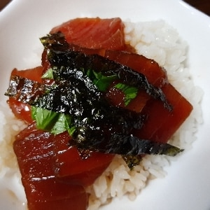 簡単でウマウマ!☆韓国風マグロ丼☆