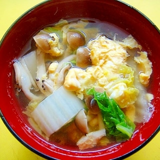 白菜としめじの和風卵スープ